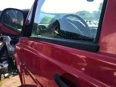Молдинг стекла двери передней левой наружный Mercedes Vito W639