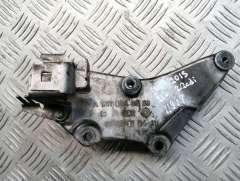 Кронштейн впускного коллектора Mercedes E W212 A6510940039,A6510940641