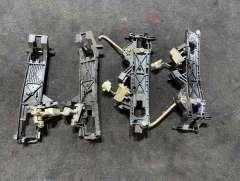 Скелет ручки наружной передней правой Mercedes S W220